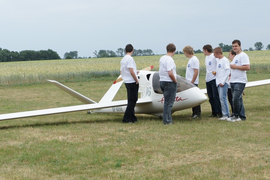 Program Innowacyjnej Edukacji Lotniczej